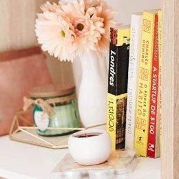 Bookcases & Magazine Racks