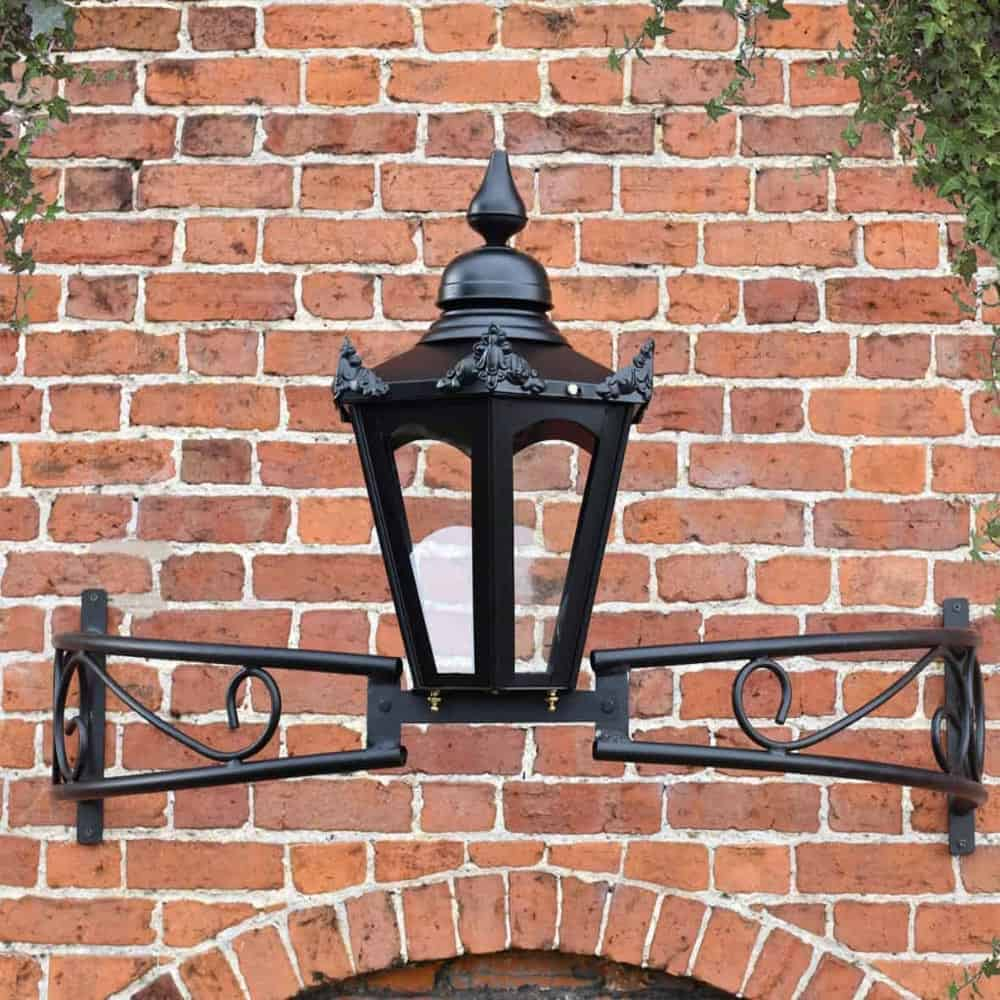 Bow Bracket Lanterns