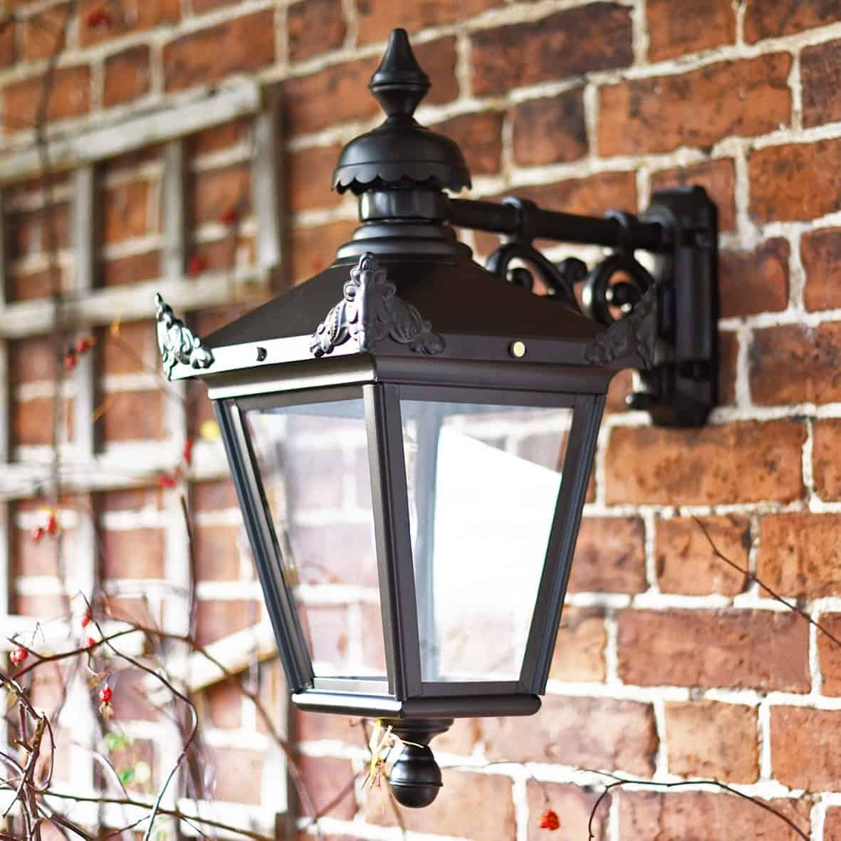 Victorian Outdoor Wall Lanterns