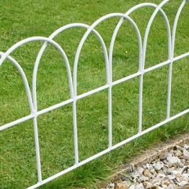 Garden Fences & Lawn Edging