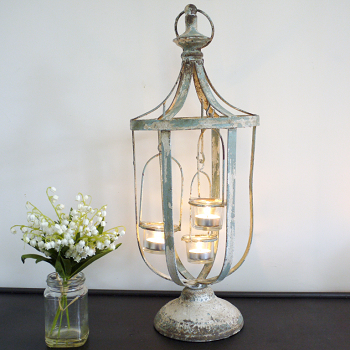 Candelabra & Candle Holders