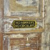 """Side View of the """"No Hawkers No Circulars"""" Sign"""