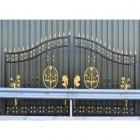 """""""Carisbrooke Manor"""" Wrought Iron Driveway Gates"""