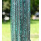 Fluting on lamp post column