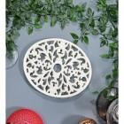 Cream Cast Iron Oval Trivet in Situ