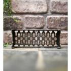 Traditional metal air brick