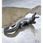 Sculpture of baby alligator
