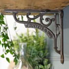Traditional bracket cast iron