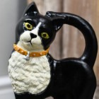 Hand Painted Door Stop close up of cats face