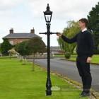 Harrogate Driveway Victorian Lamp Post Scale
