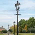traditional Victorian driveway lighting