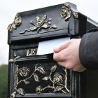 View of aperture on 'Balmoral Rosette' Post Box