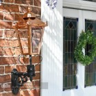 Traditional Porch lantern on royal bracket