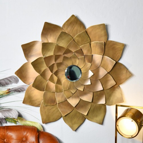 Flower Mirror in a Golden Finish