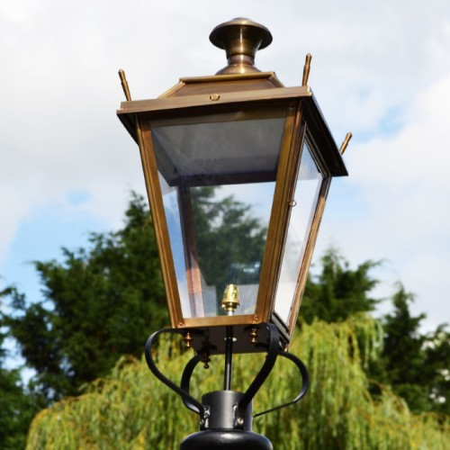Large Antique Brass Dorchester Lamp Post Top