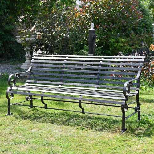 """""""Chatham"""" Park Bench Finished in Black"""