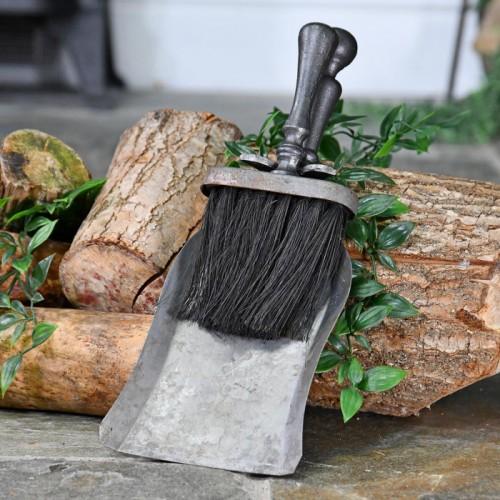 TraditionalRustic Brush & Pan Set