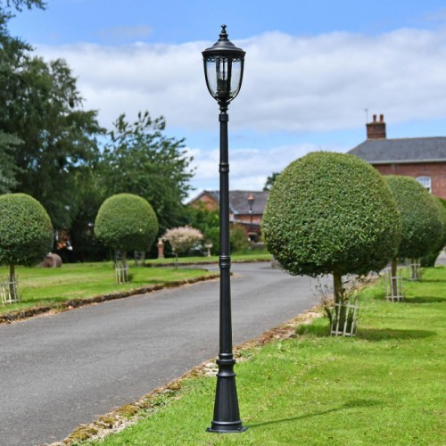 Black Manor Style Lamp Post in Situ