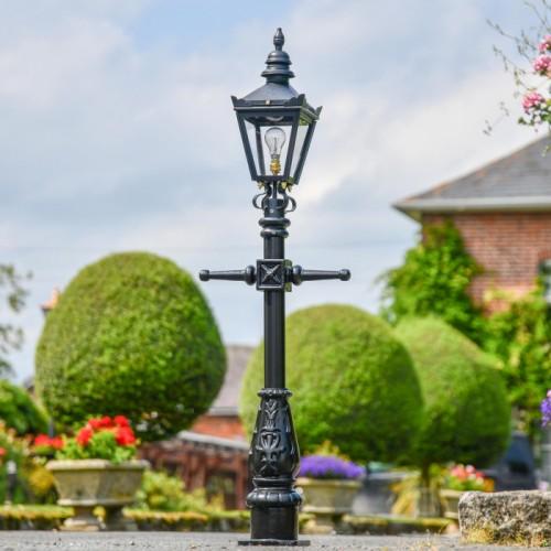 Victorian Lamp Post - Driveway