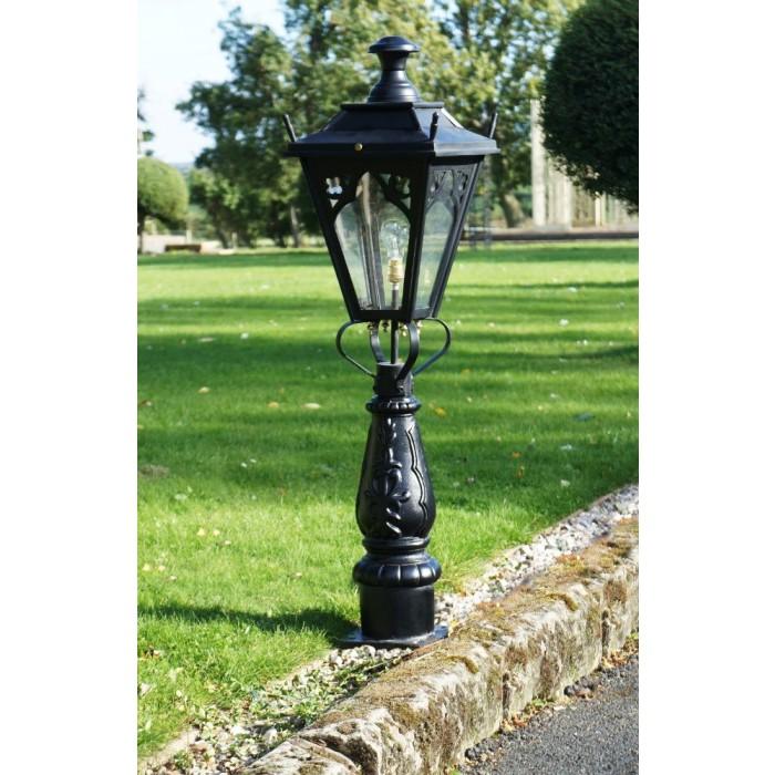"Zexum Black Traditional Driveway Pillar Lamp: ""Gothic Design"" Driveway And Patio Lighting"