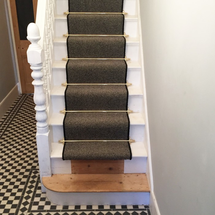 ... Polished Brass Stair Rods In House, With Brown Carpet ...