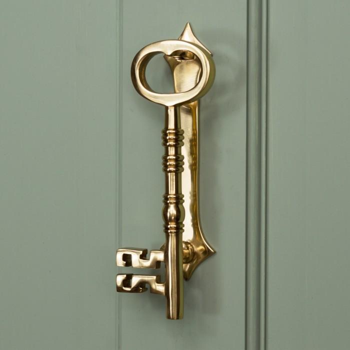 Genial Polished Brass Key Door Knocker