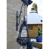 """Loredale Manor"" Black Ornate Hanging Basket"