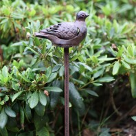 """Maverick"" Rustic Pigeon Cast Iron Garden Tea Light Holder"