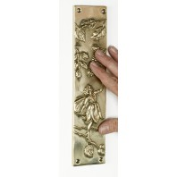 """Ferngorn Forest"" Leaf design Finger Plate"