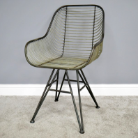 Curved Industrial Wire Metal Chair
