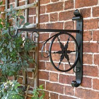 """Northern Star"" Hanging Basket Bracket"