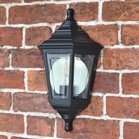 """Keyston"" Traditional Flush Wall Mounted Lantern"