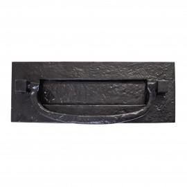 Norbrook Deluxe Cast Iron Letter Plate with Integral Knocker