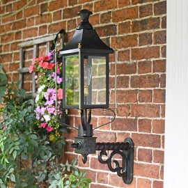 Black Victorian Wall Light With Brass Bar Decoration