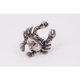 """""""Summer Echo"""" crab napkin rings from the """"Silver Shores"""" Tableware Collection"""