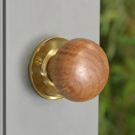 Plain Natural Wood Door Knobs