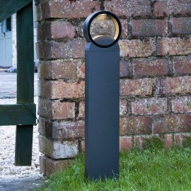 Squared Contemporary Post Light in Situ Outside