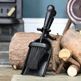 Traditional Black Iron Pan & Brush Set in Situ