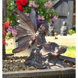 Fairy Kneeling Garden Sculpture