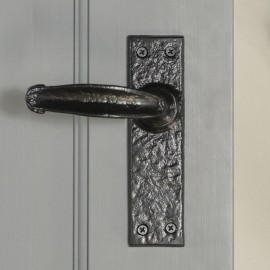 """""""Acerno""""  Traditional Iron Lever Handle"""