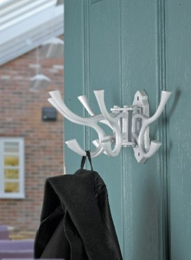 """Kynaston Avenue"" Swivel Hook White Iron"