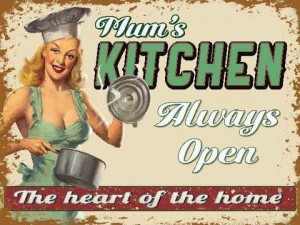 """Mums Kitchen"" Metal Sign"