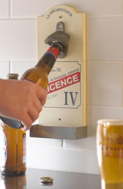 Bottle Opener - Licence IV