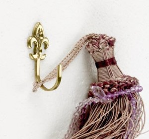 'Fler De Ly's' version 1 Curtain tie back hook