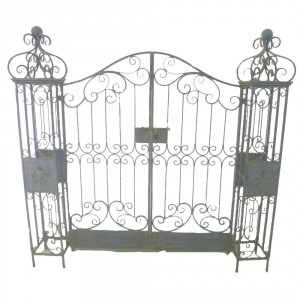 Traditional Garden Gate Finished in an Anitque Rustic Blue