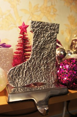 'Winter Wishes' Stocking Holder