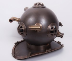 """Eight Bolt"" Decorative Divers Helmet"