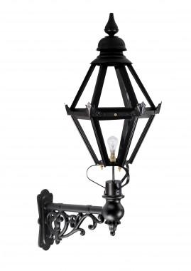 Craven Lantern on Capella Bracket