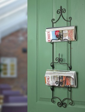 Newspaper & Magazine holder