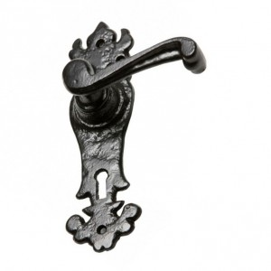 """""""Highforth Hill"""" Traditional Ornate Blacksmith Door Handles With Keyhole"""